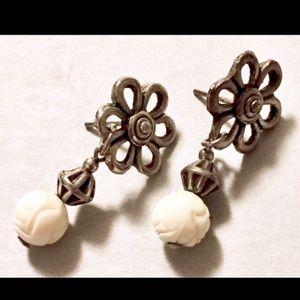 Silver white dangle flower earrings